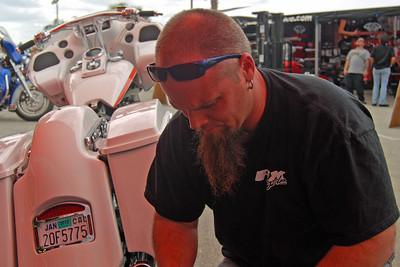 1046 Fix Motorcycle Repair