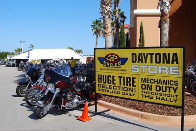 024 J&P Cycles Destination Daytona Bike Week 2009