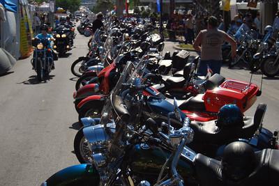044 Looking east on Main St in Leesburg Florida at 2009 Bike Fest