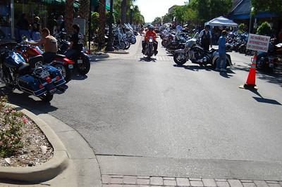 028 Looking east on Main St in Leesburg Florida at 2009 Bike Fest
