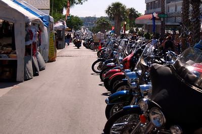 043 Looking east on Main St in Leesburg Florida at 2009 Bike Fest