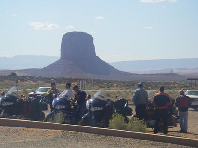 Catch up in the car park - Monument Valley, Az. Dennis, John, Dean, Clint, Charleen and Jack