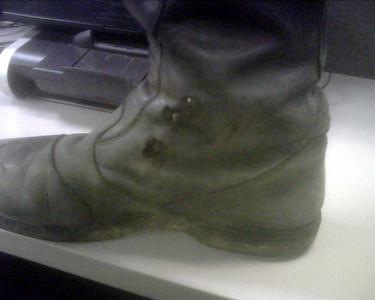 2010.01.28 - Burnt Foot on KLR