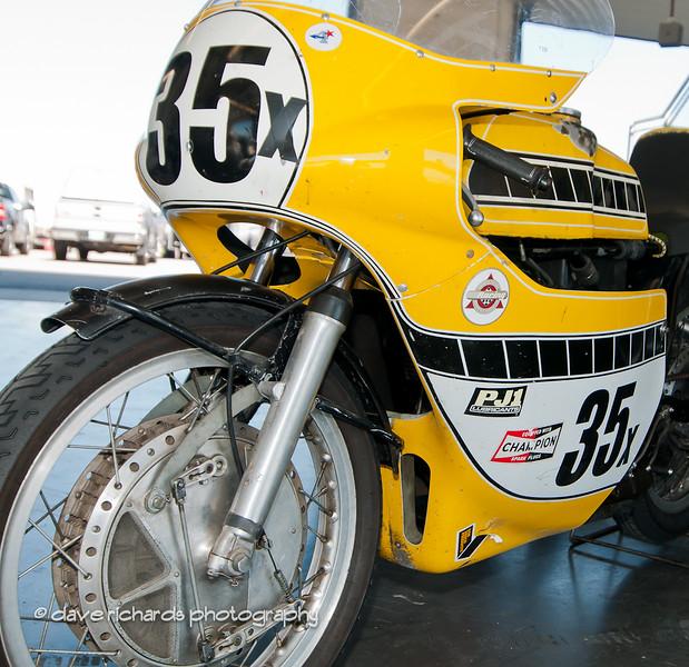 Bonneville Vintage GP 9 4 11-22