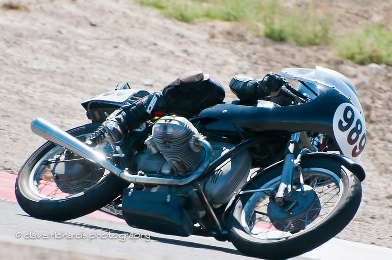 Bonneville Vintage GP 9 4 11-201