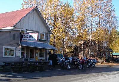 9/24/06 - Talkeetna Roadhouse, the home of great breakfasts.