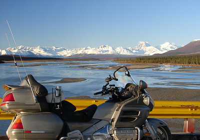 9/24/06 - Looking north at the Alaska Range over the Susitna River from the bridge on the Denali Hwy.