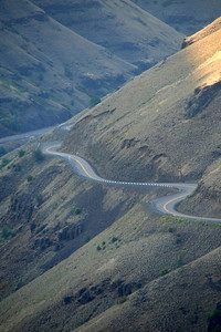 Saturday, July 22: Another view of the descent to the Grande Ronde crossing.  No straight stretches on that road. :^)