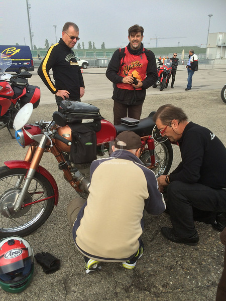 That's pretty much what I would call Ducati royalty helping me out, one great thing about having done so many events like these is I know where to get help fast...