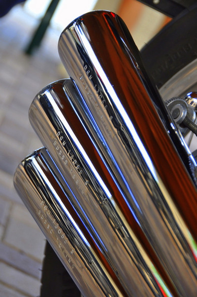 Although on the Benelli, all you really needed to see was the 6 exhaust pipes to know something odd was going on here