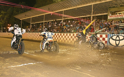 The action gets started in a scratch heat race.