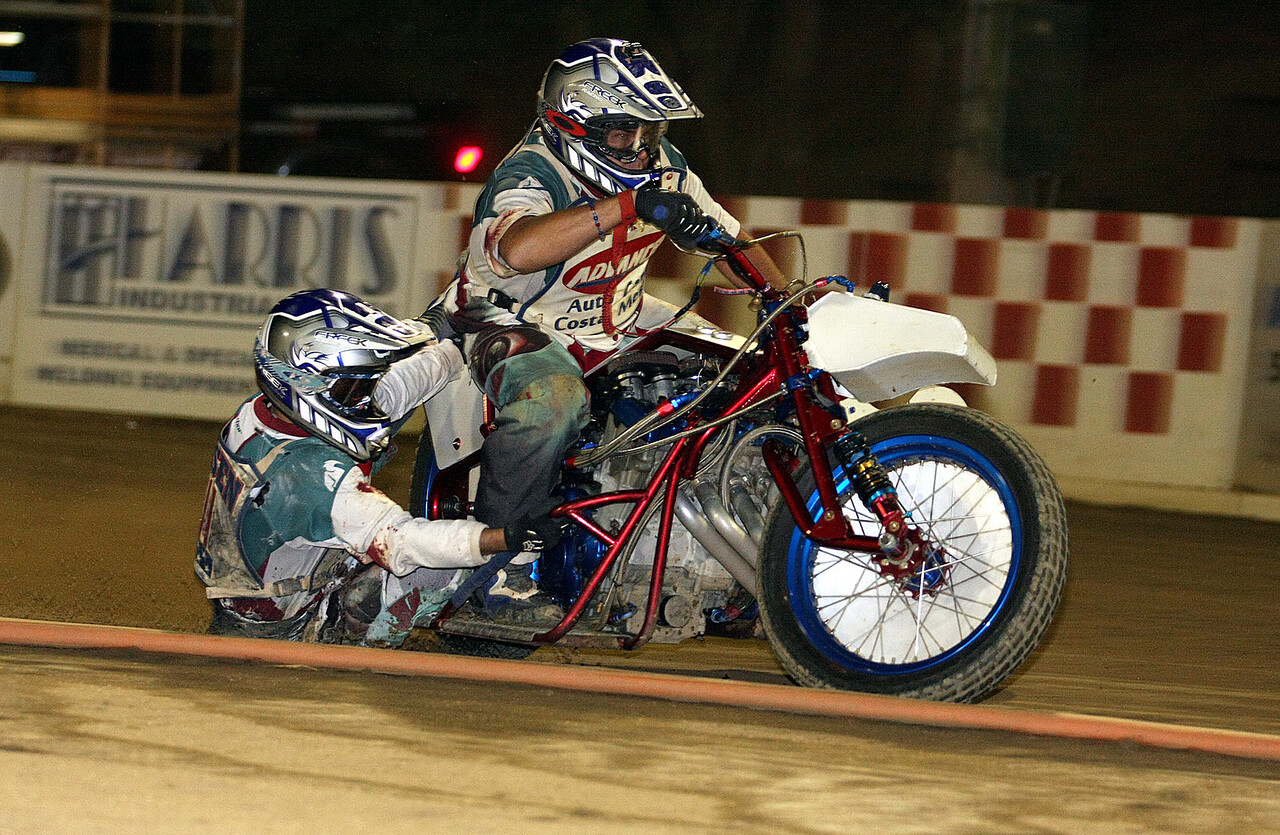 Sidecar team of Joe Jones and Jimmy Olsen.