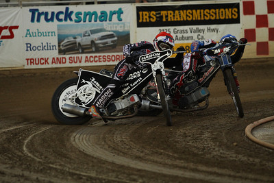 In the first heat race the action was hot. Billy Hamill leads Billy Janniro in turn three.