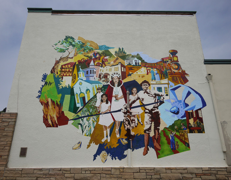 Downtown Half Moon Bay mural