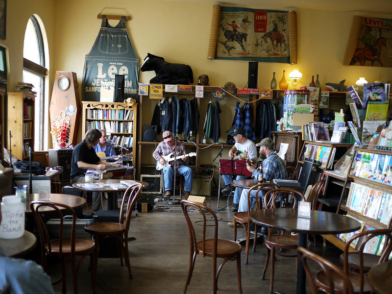 The San Gregorio Store