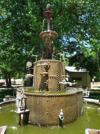Parkfield fountain