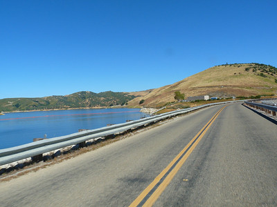 The dam at Lake Naciomento