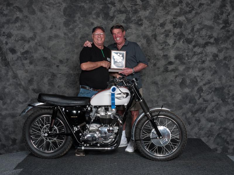 1966TriumphTTWinner:JohnCavelliniClass: Speedway/Flattrack/TT 1946-1983, Production