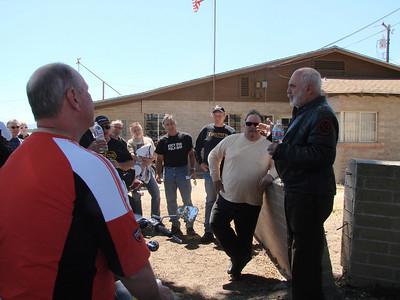 Bib directs us in Lockwood, CA