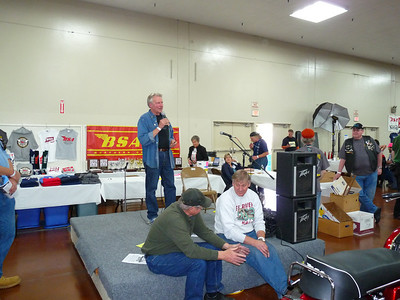 Craig Vetter addresses the audience