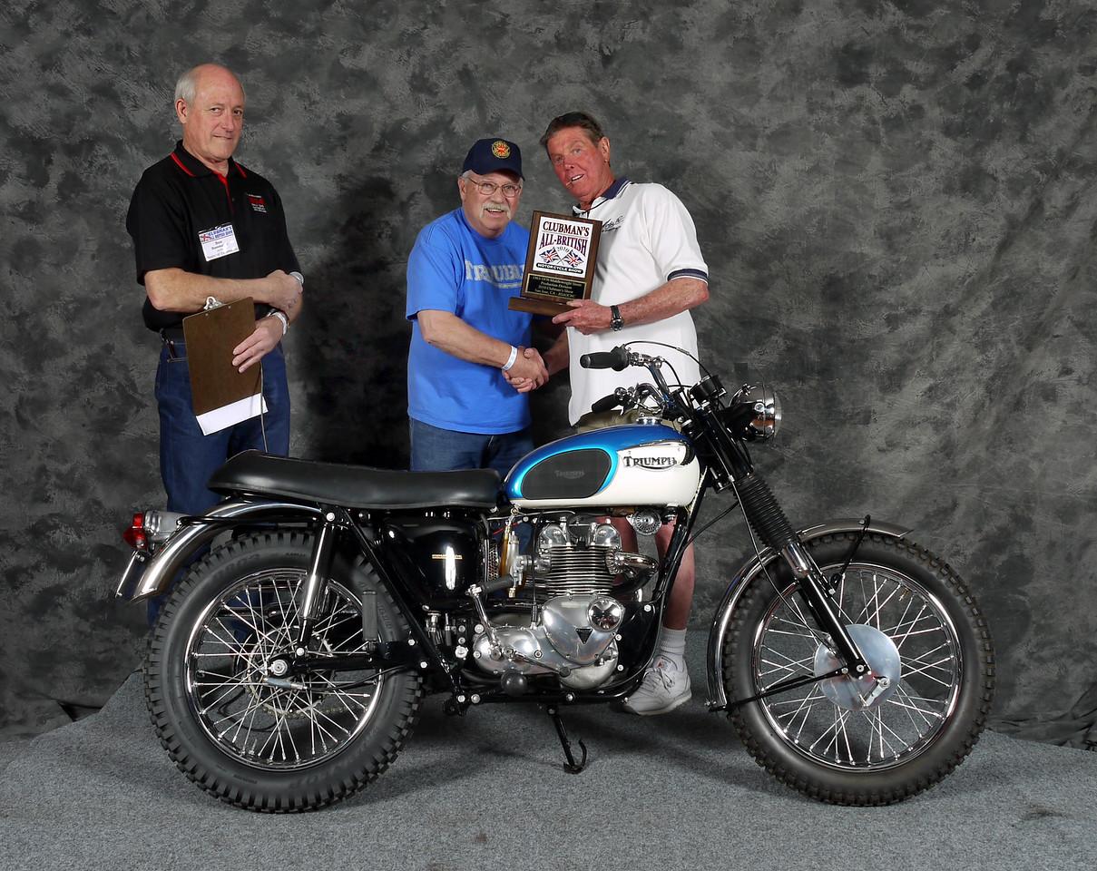 Wayne Ross, Street Middleweight 1963-1970, Production. 1967 Triumph T100C