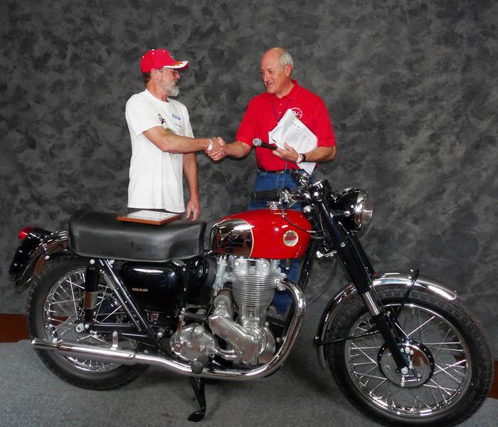 Perry Owen, Scrambles Classic Sportsman, ridden, 1955 Ariel HS Mk. I