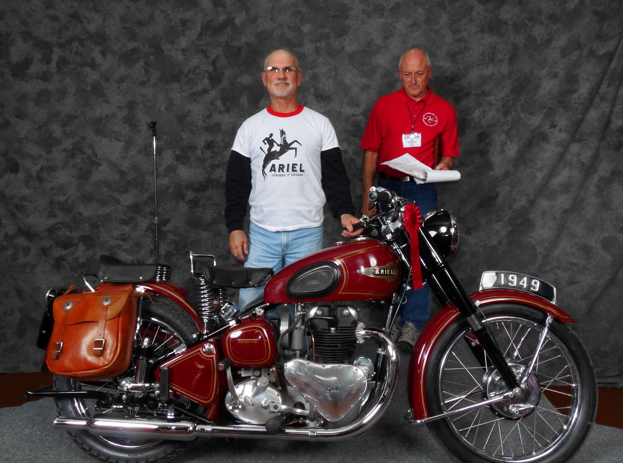 Richard McColl, Honorable Mention, Street Middleweight 500-620cc 1946-1962, ridden, 1949 Ariel Twin