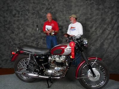 Don Johnson, Honorable Mention, Street Heavyweight 620cc-up 1963-1970, ridden, 1970 Triumph T120R Bonneville