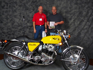 Vincent Schardt,  Honorable Mention, Street Heavyweight 620cc-up 1971-1983, ridden, 1971 Norton Commando 750