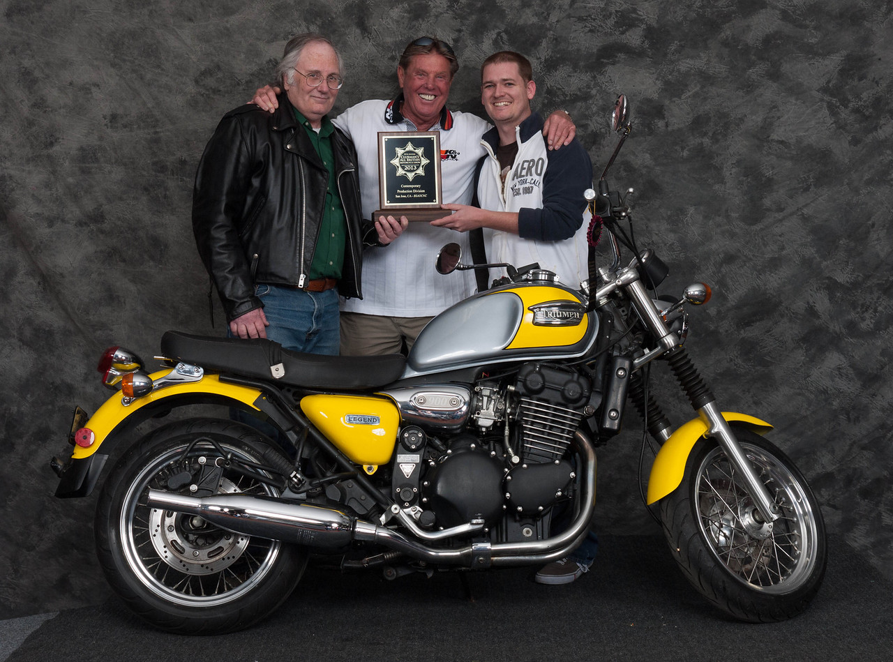 Edward Peterson, Winner of Contemporary 1984 to Present Production Class - 1999 Triumph Legend TT
