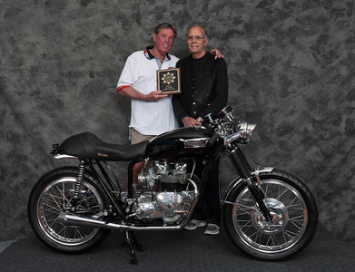 Robert LeRoy, Winner of Cafe Racer Open Class - 1969 Triumph 500 Cafe Racer