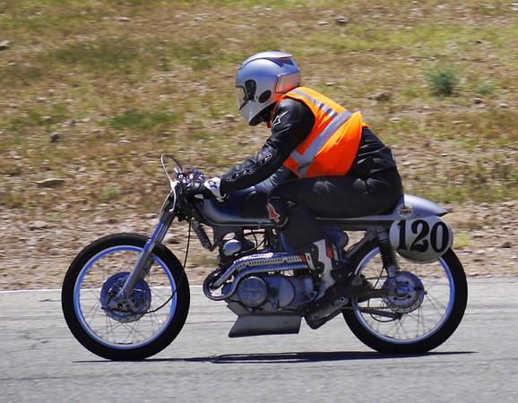 Brian Hovlen, CB160 class, race 1