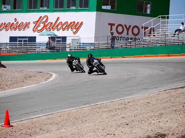 CB160 class, 1st lap, leaders