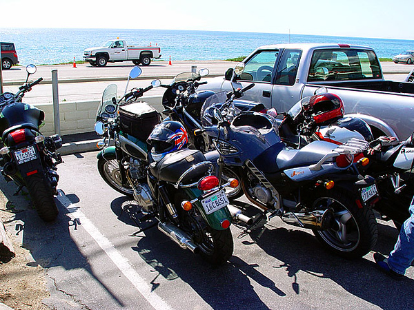From L-R Steven's Rockster, KenT's Bonnie, Mac's F650CS, The Mauthe Doog, and Darryl's CBR Erion Edition.