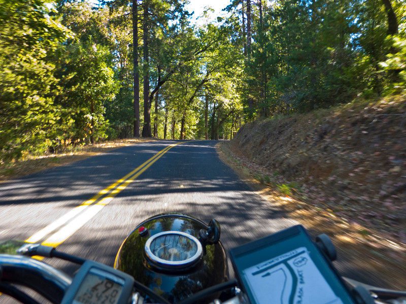 Hillclimbing is not the 150cc Gilera's forte, but it can do it all day in 2nd gear, around 30 MPH. Zzzzzzzz...