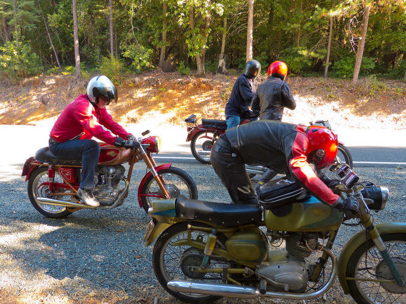 Ernesto, MHS, Dave and Lester taking a quick break at the secret checkpoint.