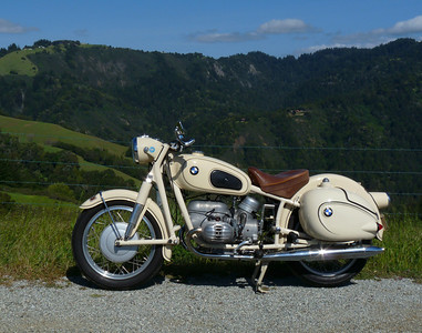 '59 BMW R50 on Alpine Road
