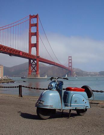 Harleys Goggo at the Golden Gate Bridge
