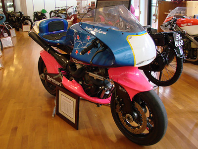 Britten V1000 racer