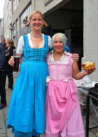 Hot Frauleins Jennifer & Christine