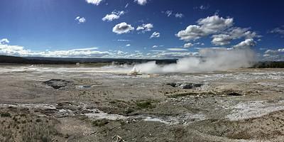 Yellowstone Park Geysers