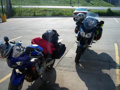 Day 2 (08.28.08) - Shelbyville, TN to Hardin, IL (~459 miles)
