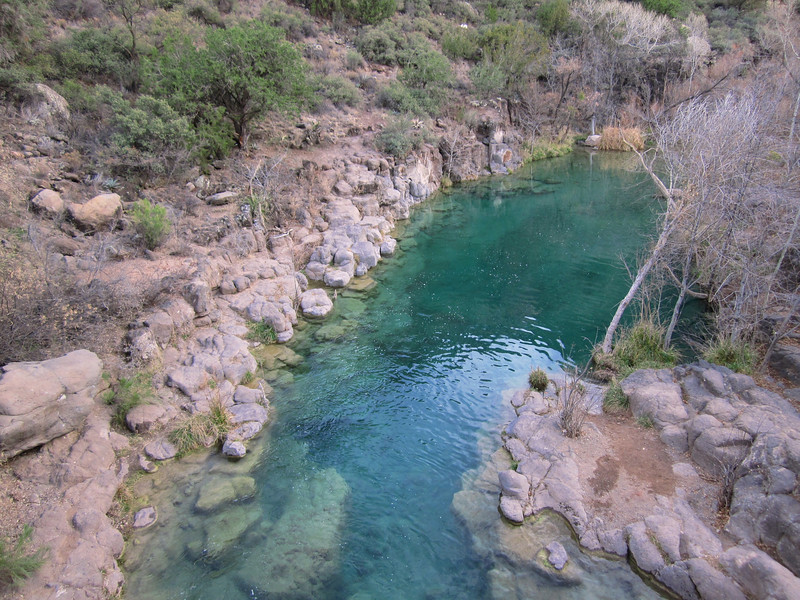 One of the tourquoise pools in Fossil Creek Canyon.