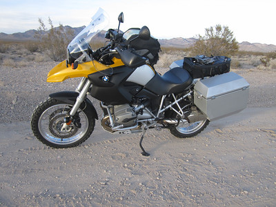 My new steed!    A slightly used 2007 BMW R1200GS with many accessories added.  Ran like a watch.