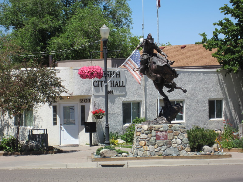 The main street of Joseph is lined with large brass sculptures.  Very well done.