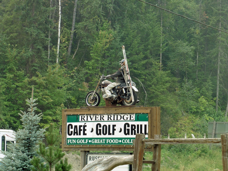 Heading home on Sunday, we stopped at the River Ridge Cafe for lunch.  I've driven past this sign many times and I just had to get a photo of it.