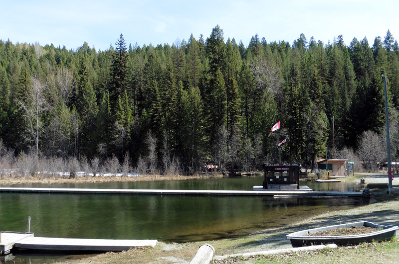 The small resort at the West end of Jewel Lake.