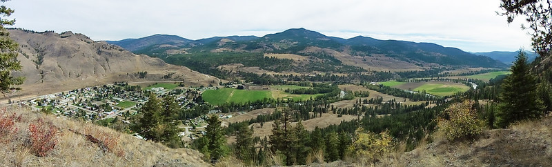 The Eastern end of Midway and looking south down the Kettle River Valley into the US.
