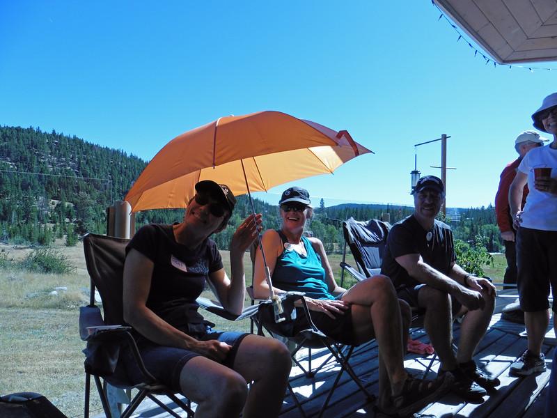 Siggi, Diane, John and Estelle enjoying the shade.