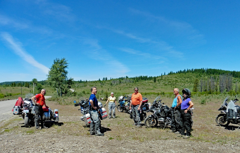 A great day for a ride but it's really warming up and it's just past noon.  L-R: Brian, John, Judy, Ron and Stacey.